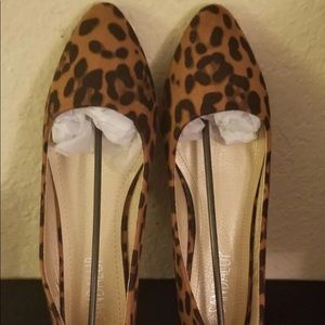 Classic Casual Leopard print Pointed Toe Flats  9